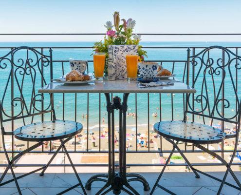 Balcone sul mare - B&B Tramonto sul mare